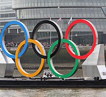 The Olympic Rings on the River Thames by Keith Larby