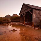 Lake Dove Boat Shed by tinnieopener
