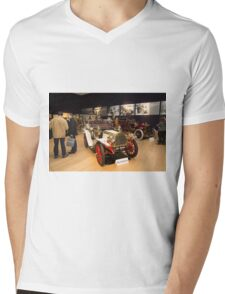 Inside Bonhams London to Brighton Run sale of Veteran Motor cars which takes place ahead of this weekends famous car run Mens V-Neck T-Shirt