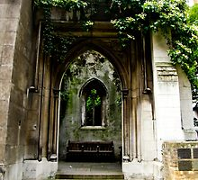 Still offering peace and Tranquility.St Dunstan-in-the-East by tunna