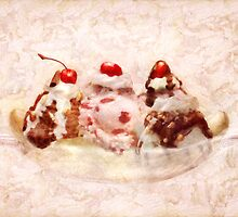 Sweet - Ice Cream - Banana split by Mike  Savad