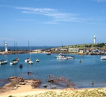 Wollongong Harbour by Jennifer Saville