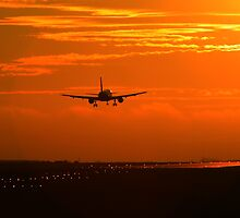 Luton Airport Evening Sunset Landing (2) by merlinonline