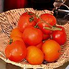 orange & tomato by Daidalos