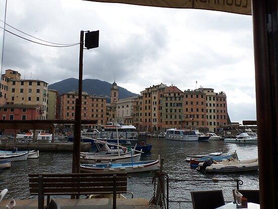 Camogli - Liguria - Italia - PIU' DI 1200 VISUALIZ.DICEMBRE 2012 -- --RB EXPLORE VETRINA 1 APRILE 2012 ---- by Guendalyn