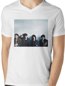 [Alexandros] Mens V-Neck T-Shirt