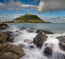 Mount Maunganui Rock Pools by Ken Wright