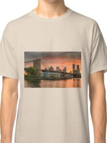 Sunset Over Brooklyn Bridge Classic T-Shirt