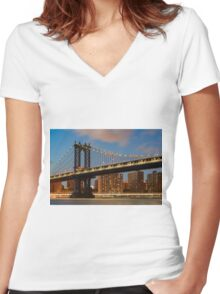 Manhattan Bridge Women's Fitted V-Neck T-Shirt