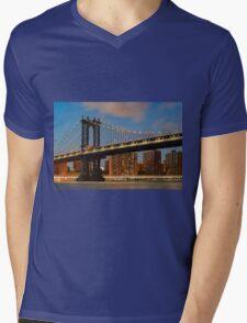 Manhattan Bridge Mens V-Neck T-Shirt