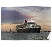 Queen Mary 2 Visits Melbourne Poster