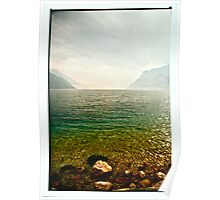 LA NEBBIA NASCONDE IL LAGO DI GARDA. Bella Italia. by Doktor Faustus. Views: 198 . Thanks friends ! Poster