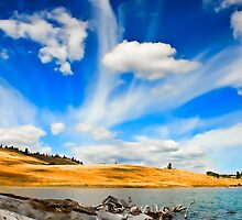 Ludbum Lake 5 by Randy Giesbrecht