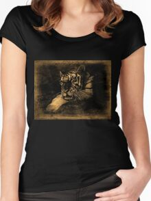 Tiger Vintage T-Shirt Women's Fitted Scoop T-Shirt