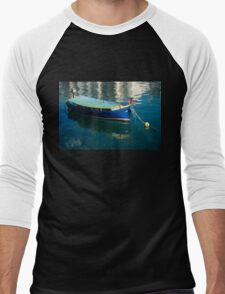 Crystal Clear Mediterranean Blue - Vintage Maltese Luzzu Fishing Boat at Anchor Men's Baseball ¾ T-Shirt