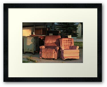 Roadside Recliners by Starsania