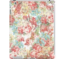 Trendy girly pink blue vintage flowers pattern iPad Case/Skin