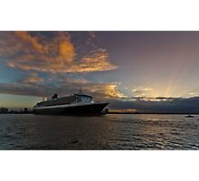 Queen Mary 2 Melbourne Sunrise Photographic Print
