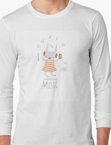 I love music. Long Sleeve T-Shirt