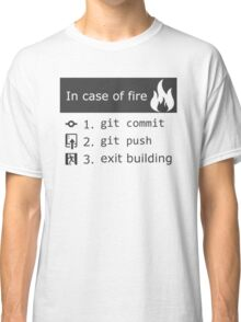 Git on fire Classic T-Shirt