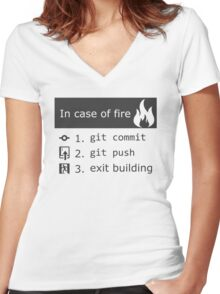 Git on fire Women's Fitted V-Neck T-Shirt
