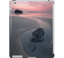 A Soothing Bedruthan Steps, Cornwall Sunset iPad Case/Skin