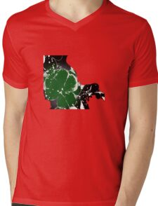 T-shirt clover Mens V-Neck T-Shirt