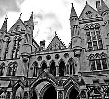 Royal Courts of Justice London by tunna