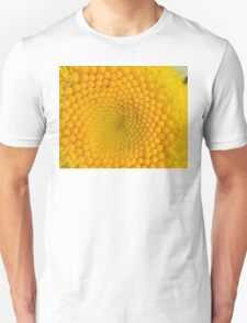 Daisy Center T-Shirt