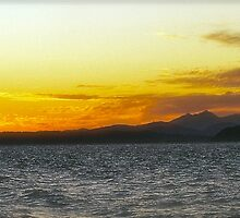 Nothing Like A Alki Beach Sunset!! by tmtphotography