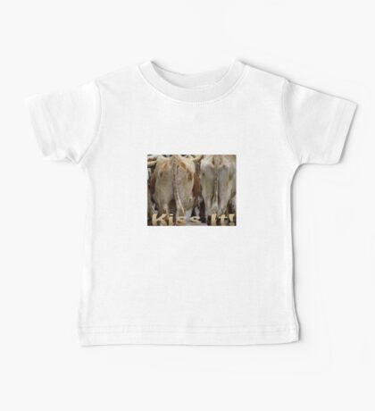 T-shirt Kiss It! Baby Tee