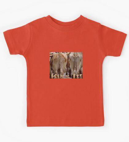 T-shirt Kiss It! Kids Tee