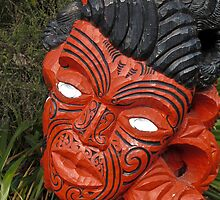 maori carving by Anne Scantlebury