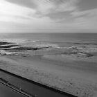 A warm breath at the beach by katkeldeen