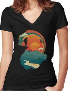 Cliff Edge Women's Fitted V-Neck T-Shirt