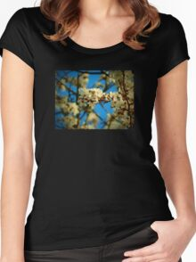 Close Up Blossom Women's Fitted Scoop T-Shirt
