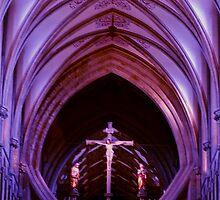 The Crucifix - Wells Cathedral by andonsea