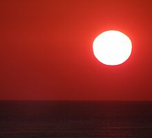 Bright Shining Sun - Red Sky  -  Sol Brillante - Cielo Rojo by Bernhard Matejka