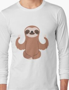 Sloth doing yoga Long Sleeve T-Shirt