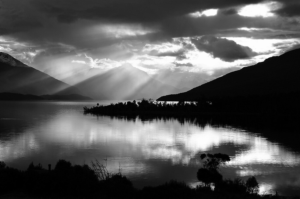 Sunset at beautiful Lake Te Anau. South Island, New Zealand. by Ralph de Zilva