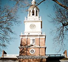 Independence Hall-Philadelphia by DAVID  SWIFT