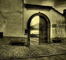 View through the door by Roberto Pagani