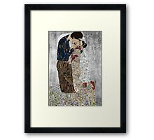 Han and Leias's the kiss Framed Print