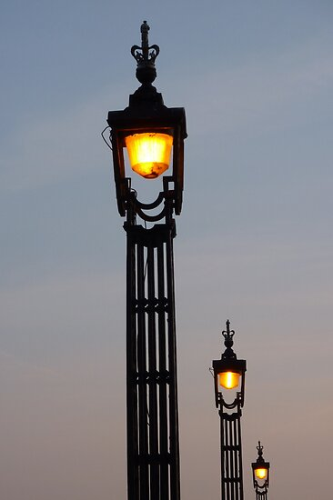 dusk lamplight by lukasdf