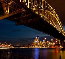 Lights on,  Sydney !! by miroslava