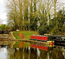 Canal Boats and lock in Hungerford, Berks by buttonpresser