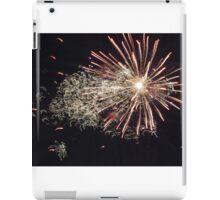 Fireworks- starburst & swirling tail. iPad Case/Skin
