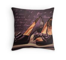 Sparkle and style! Throw Pillow