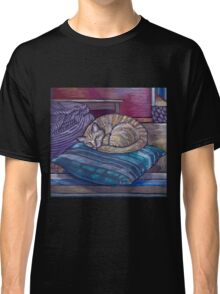 cat on a cushion  Classic T-Shirt