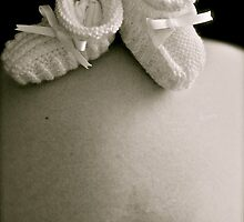 Booties on Belly by photosbybec